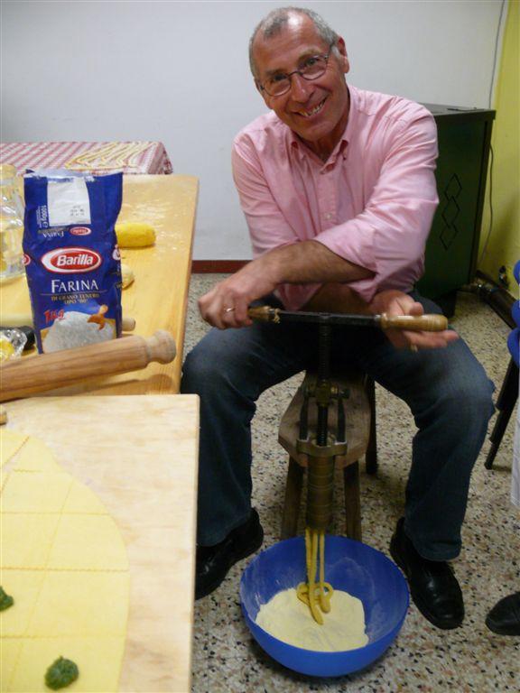 le-mani-in-pasta-14-4-07-035